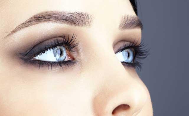 maquillaje de ojos sombras