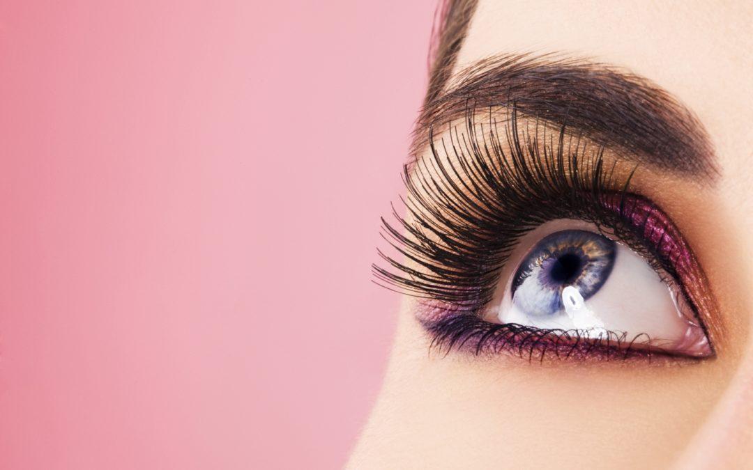 ¿Qué es el maquillaje permanente para cejas?