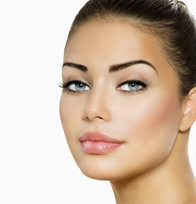 maquillaje permanente para cejas